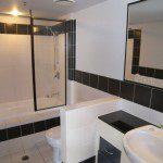 Ipanema guest bathroom